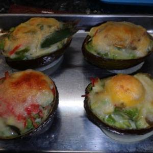 素人の男料理:アボカドのチーズ焼きとゴーヤのアボカドチーズ焼き