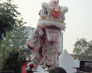 恭喜發財「Gong Xi Fa Cai 」(ゴン・シィー・ファー・チャイ)の  意味はアンパオの意味は。