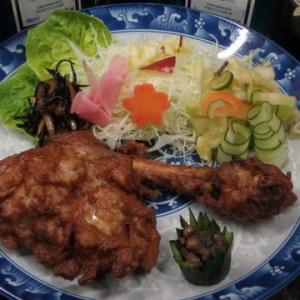 「焼き鳥屋さんになるぞー」男の素人料理:鶏丸1羽を買って  全部の部位を焼き鳥にしようかと頑張る。
