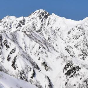 【北アルプス】冬の遠見尾根 五竜岳・鹿島槍ヶ岳の絶景へ 雪山登山(バス利用)