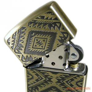 NEW ZIPPO ネイティブ 真鍮古美 両面同柄 入荷!