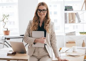 「仕事と幸せのバランス」  仕事優先の女性
