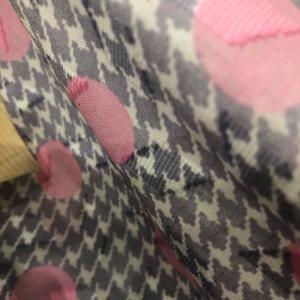 ピンクの水玉、綿ローン