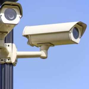 監視カメラの電源