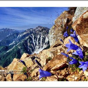 玲瓏の山稜