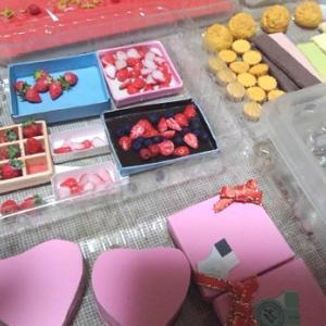 1/6 scale ミニチュア バレンタイン イチゴにチョコレートやホイップした・・・・