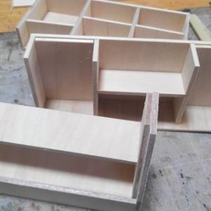 ドールハウス ミニチュア クリスマス制作中~家具などのベースを作る!