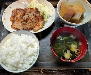 ポークソテー定食660円
