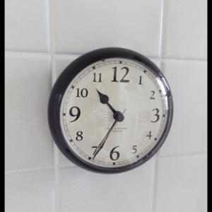 浴室の時計