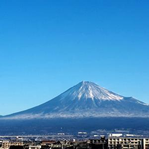 それでも富士山にはそんなに雪が降らなかった