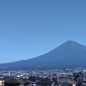 秋晴れ、富士山