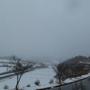 群馬県高山村にまたまた雪が降りました。