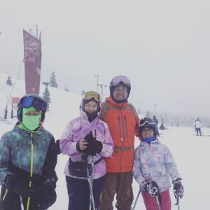 【ミホさんのFamily旅行シリーズ3】スキー場からラスベガスへ 筋肉疲労の足に湿布アロマ