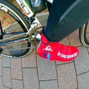 脚の防寒対策は 自転車用シューズカバー だけでもないよね・・・