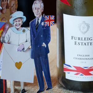 素適なエチケットの英国ワイン