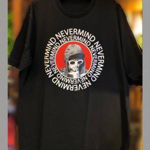 カート・コバーンのTシャツ