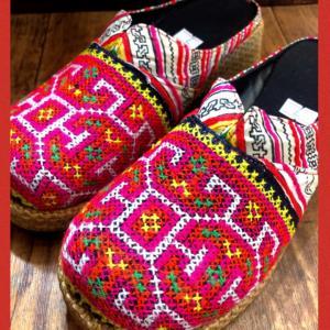 可愛いモン族刺繍サボ