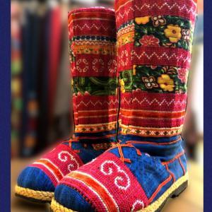モン族刺繍ブーツ