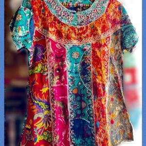 インド綿カラフルプリントパッチワークと刺繍のブラウス