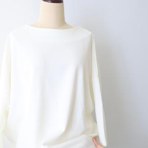 隠すと魅せるで美しいシルエット♡きちんと感のある7分袖プルオーバー