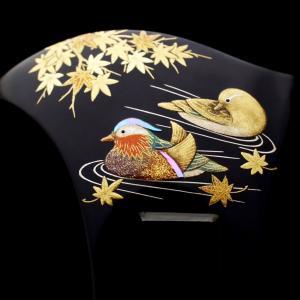 結婚式や祝宴などおめでたい席に、黒留袖、色留袖、訪問着にお勧めな礼装用のべっ甲鴛鴦(オシドリ)螺