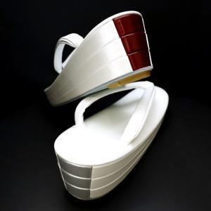 バイカラーの準礼装用の草履2020 後ろ姿が映える、バイカラーのおしゃれな本革草履(五分三枚)。