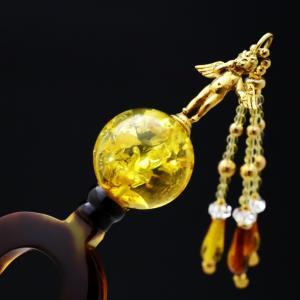 べっ甲18K天使の彫刻付琥珀玉かんざし《再》|邪気を祓い、人々の幸せ、世界平和への切なる願いを込