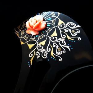 べっ甲珊瑚薔薇彫り花唐草螺鈿金蒔絵かんざし|華やかな結婚披露宴、パーティー、式典、準礼装の装いに
