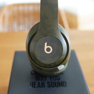 """有名オーディオメーカー""""Beats""""のワイヤレスヘッドホンがおしゃれ。"""