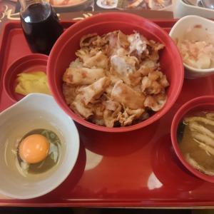 ジョイフルの「スタミナ豚丼」