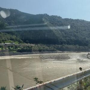 台風通過後の玖珠川で鮎釣り