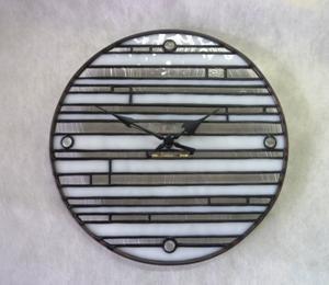 モダンな時計できました