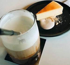 チートデイは韓国風カフェ♡塩ラテ♪プルコギサンドイッチ♪ベイクドチーズケーキ♪