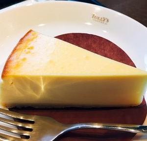 チートデイ★タリーズのベイクドチーズケーキ♪ #タリーズ #チーズケーキ #ベイクドチーズケーキ