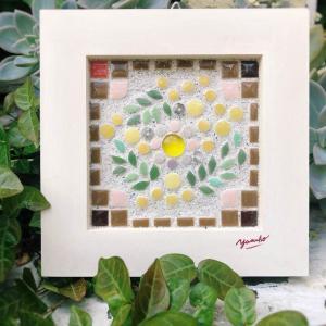 ミモザのリース(タイルクラフト)♬小さなお花♬マフィー♬