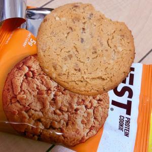 私のイチオシの低糖質プロテインクッキー Quest Nutrition, プロテインクッ