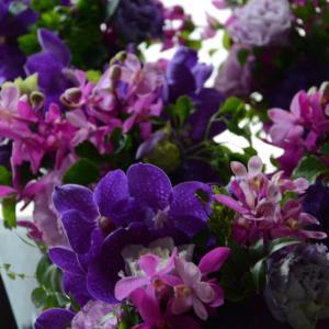 紫のアレンジメント