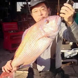 保田沖で鯛釣る