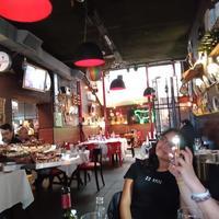 アルゼンチン肉料理、そしてアルゼンチン食文化大使、「LACABRERA」のガストンリベイラさんを盛り上げよう!