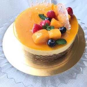 次女作成のケーキ