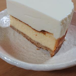 頭でっかちなチーズケーキ