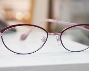 大人のメガネ