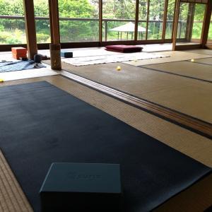*陰ヨガ&マインドフルネス瞑想ワークショップ、開催しました!*