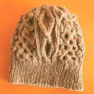 ニット帽を編んでみた。