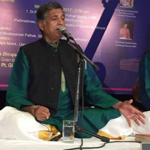 偉大なインドの音楽家 音楽家ラーマカント・グンデーチャ師との別れ