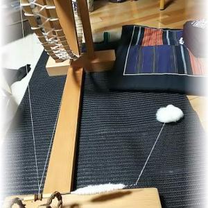~久しぶりに糸紡ぎを~