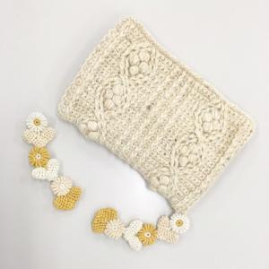 国立と浦和で編み物