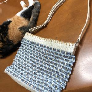 モカちゃん猫の手親ばかで輪織り認定最終課題着々進み、西新井でお子さんと一緒におりりんしましょ〜!