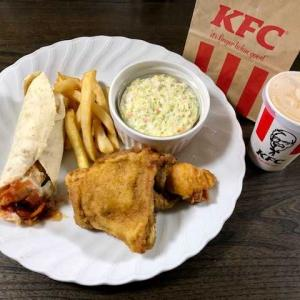 【今日も夕食はひとりなので ★ 『ケンタッキー』で済ませちゃった・・・】