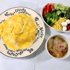 【今日の夕食は『ふわとろオムライス』 ★ 「チキンライス」は炊飯器で炊きました】